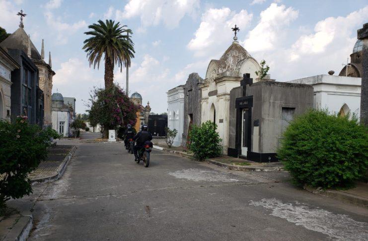 El cementerio tendrá seguridad privada y monitoreo las 24 horas.