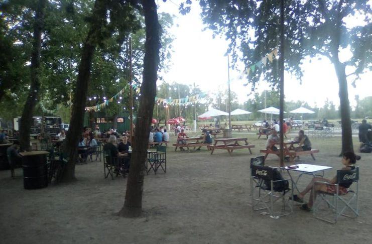 Cada fin de semana, cientos de sampedrinos y ahora también turistas disfrutan del Patio Gastronómico.