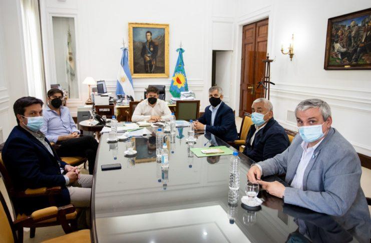 Kicillof recibió al grupo de intendentes independientes.