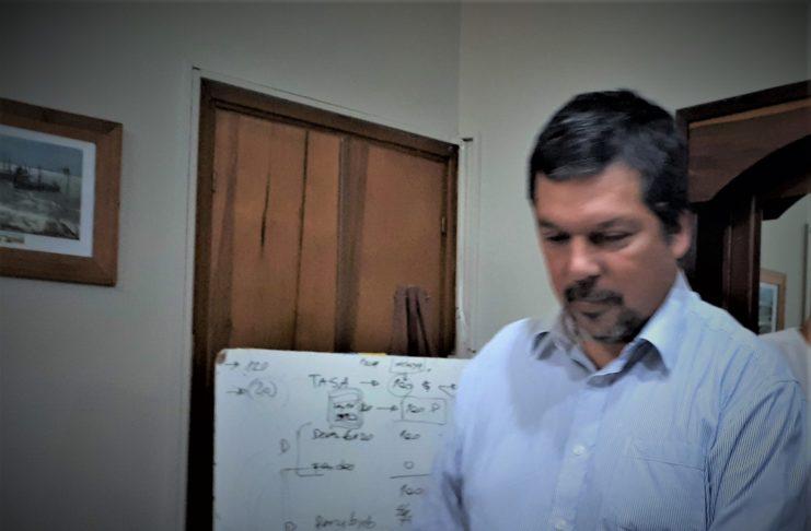 El secretario de Economía, Fabián Rodríguez, elevó los expedientes.