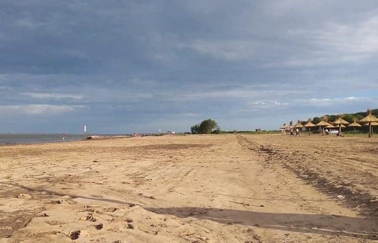 Hay colectivo especial para llegar a la playa de Vuelta de Obligado.