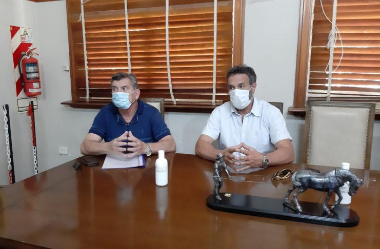 Autoridades de la clínica San Pedro se habían reunido con Salazar antes de fin de año.