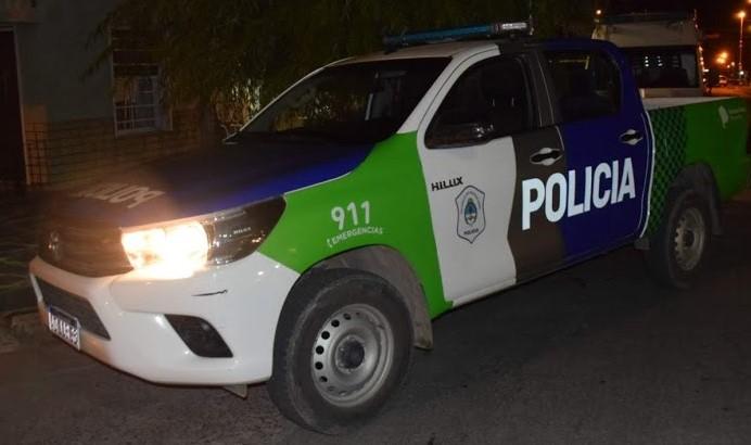 La policía recibió llamados pero no constató reuniones clandestinas.