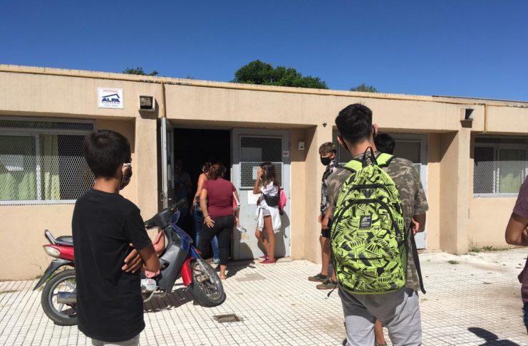 El curso aislado en la Secundaria 11 retoma sus actividades.