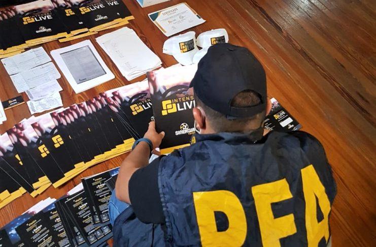 La Justicia secuestró gran cantidad de elementos para la investigación.