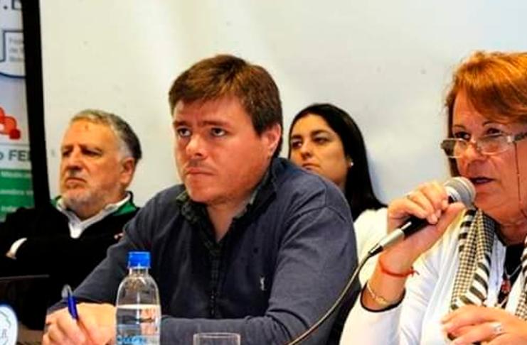Diego Altolaguirre es el segundo de Mirta Petrocini en la FEB.