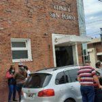 Preocupación entre los trabajadores de la clínica San Pedro.