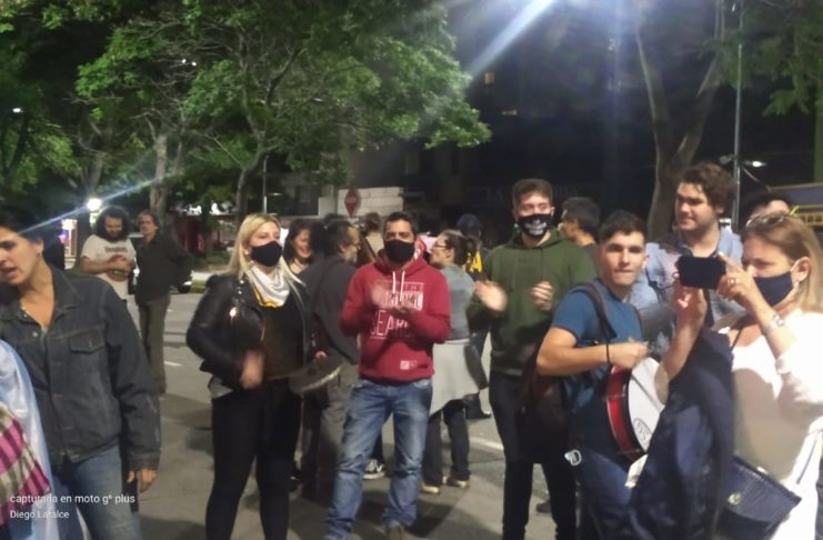 El concejal Lafalce y otros referentes del PRO de Bullrich participaron de la manifestación.