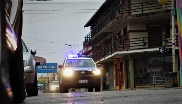 Policía e Inspección recorrieron la ciudad para controlar el cumplimiento de las medidas.