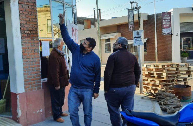 Nelson Suárez Irala, la semana pasada en la puerta de la clínica.