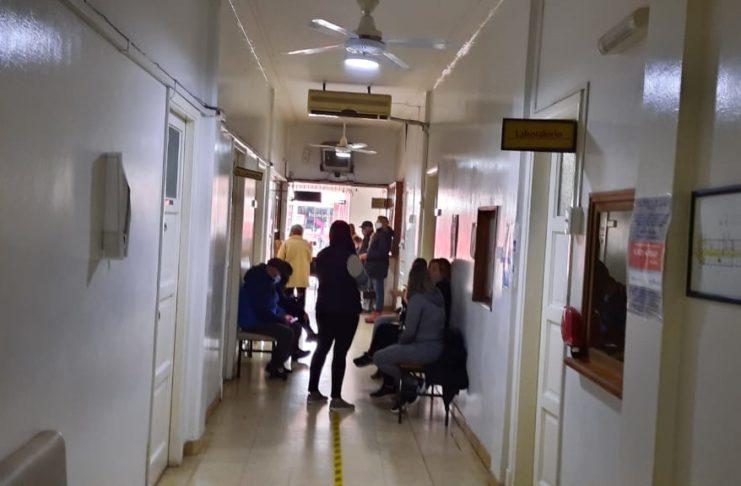 La clínica San Pedro sigue sin rumbo y los trabajadores ya perdieron la paciencia. Foto: La Opinión.
