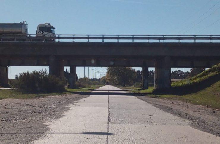 Desde el lunes repararán la zona próxima al puente de ruta 9.