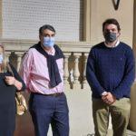 Mónica Otero, Raúl Cheyllada y Alfredo Carrasco, el lunes antes de entrar a la reunión.
