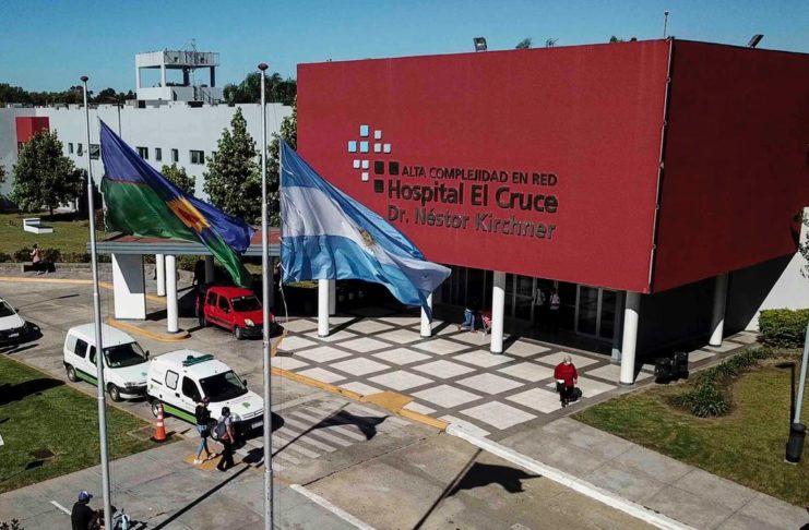 El bebé de dos meses fue derivado al Hospital El Cruce Néstor Kirchner de Florencio Varela.