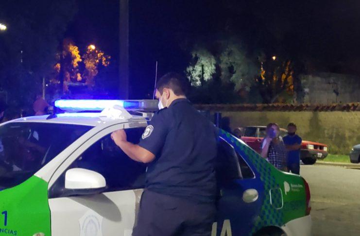 La policía intervino para desbaratar la fiesta clandestina.