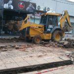 Sigue la construcción en la peatonal. Foto: La Opinión
